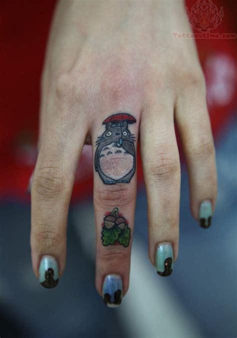 umbrella tattoo on finger rat with umbrella tattoo on finger