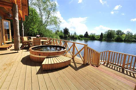 Cabin Breaks In by Log House Holidays Poole Keynes Cground Reviews