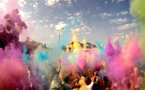 color festival india what is holi and how do you celebrate travel leisure