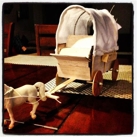 How To Make A Paper Wagon - school project covered wagon pioneer days