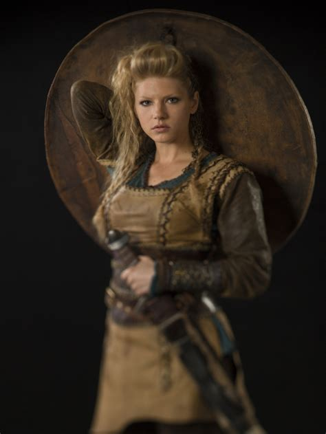 lagatha lothbrok vikings promo lagertha vikings tv series photo