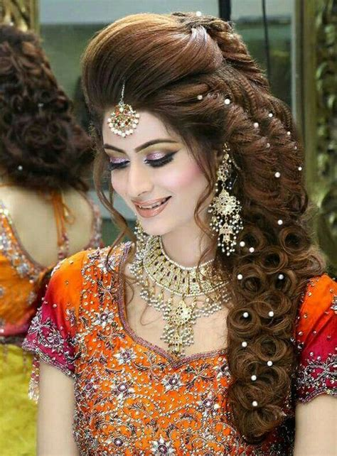 pakistan indian hal hair updo styles 67 best images about kashee s bridal makeup on pinterest