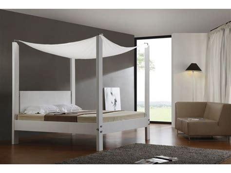 letto a baldacchino moderno letti a baldacchino cura dei mobili letti a