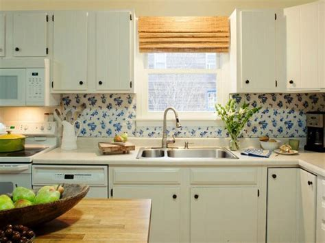 Easy Backsplash Ideas For Kitchen Easy Diy Kitchen Backsplash With Vinyl Tablecloth Ideas
