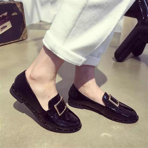 2016 new designer shoes patent leather black burgundy flat