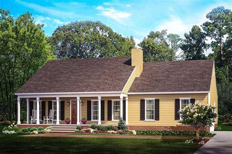 Split Bedroom Country Ranch   62099V   Architectural