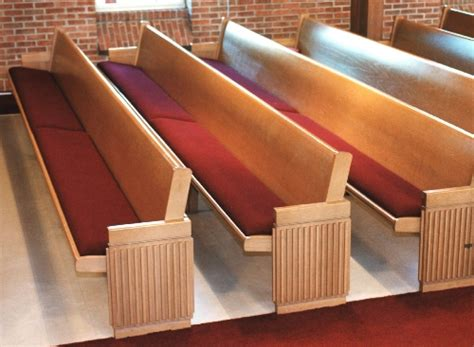 Deluxe Pew Form Cushions   Eisenhour Church Furnishings