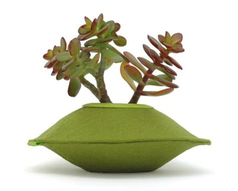 Felt Planters by Colorful Planters Of 100 Recycled Felt Digsdigs