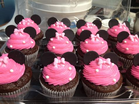 como decorar cupcakes de mickey mouse how to make minnie mouse cake pops