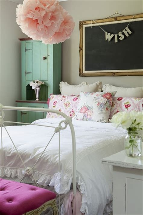 vintage girly bedroom girly vintage bedroom pictures photos and images for facebook tumblr pinterest