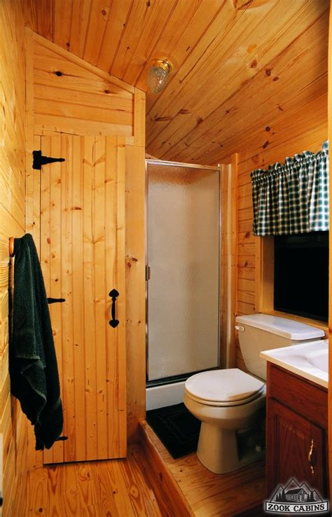 cabin bathrooms ideas best 25 small log homes ideas only on small