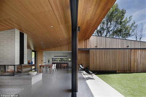 best australian architects the public will choose the best house of the year in 2014