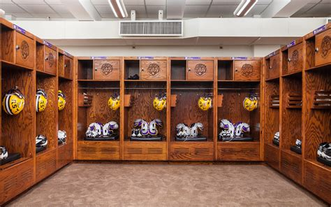 Football Locker Room by Lsu Locker Room You Should Been There Espn