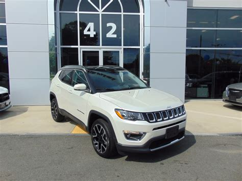 jeep chrysler white jeep compass white jeep compass latitude x with jeep