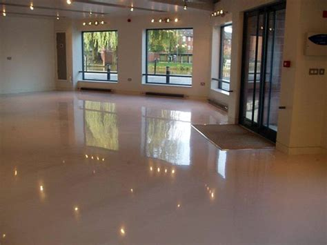 costo pavimenti in resina per interni pavimentazione in resina per negozi modena carpi costo