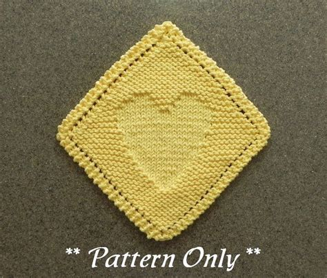 knit heart pattern easy 51 best knit dishcloth patterns images on pinterest