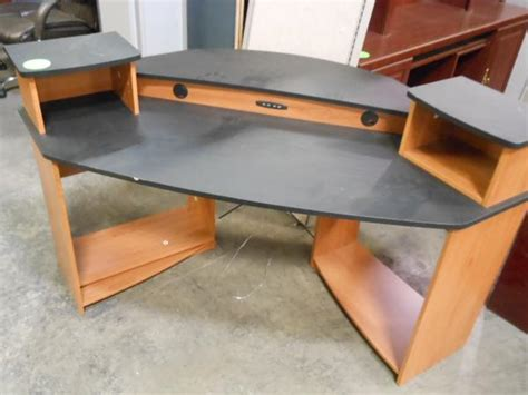 Used Computer Desk Hoppers Office Furniture Used Computer Desk