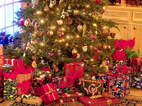 30 beautiful christmas tree wallpapers