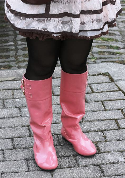 giantess pink boots by boysgts on deviantart