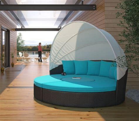 circular outdoor wicker rattan patio daybed  canopy