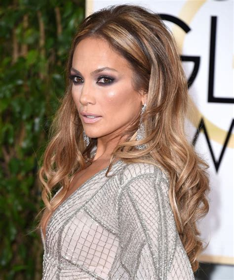 How To Get Jennifer Lopez S Golden Globes Hair And Nails