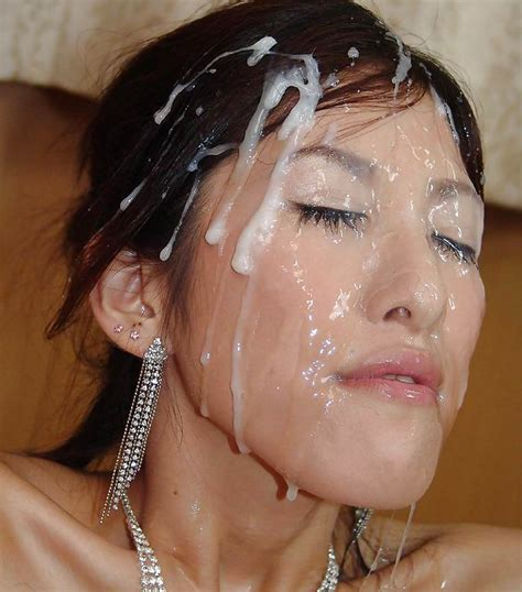 Asian messy cumshot