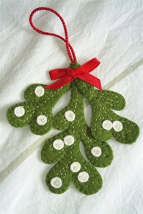 25 best ideas about felt decorations on pinterest