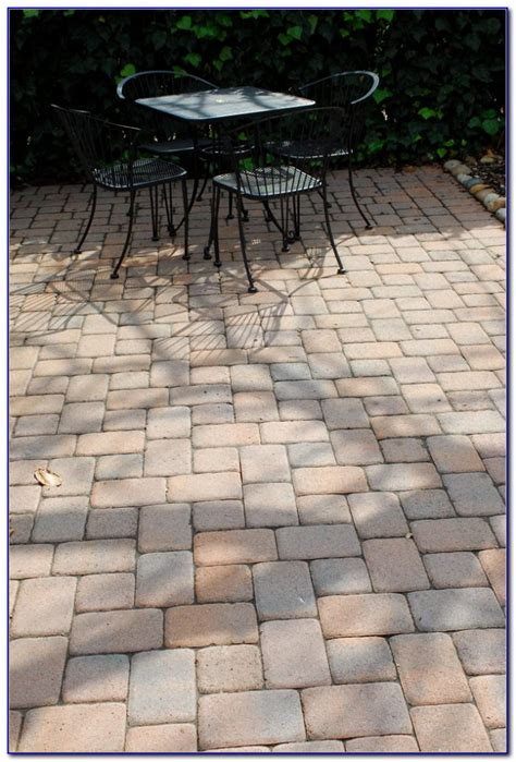 Diy Paver Patio Installation Paver Patio Diy Patios Home Design Ideas Yjr3ekm7gp