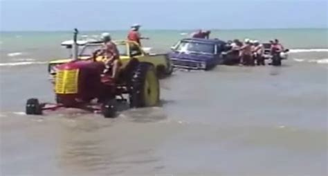 epic fails on boats fail the most epic boat launch ever video