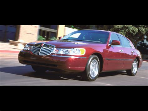 1992 lincoln town car ford crown victoria mercury grand marquis body chassis electrical последние из могикан ford crown victoria mercury grand marquis lincoln town car тест драйв