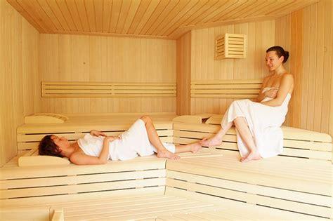 sauna o bagno turco benefici wdonna it benefici della sauna e bagno turco