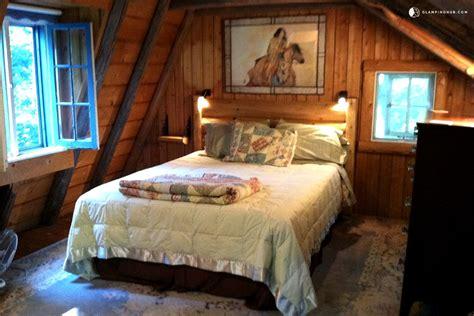 cabin rentals near me home decorations idea midwest cabin rentals door county log cabin in ephraim 1