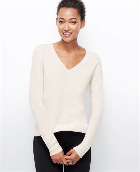 Sweater Chelsea 2015 chelsea v neck sweater in white lyst