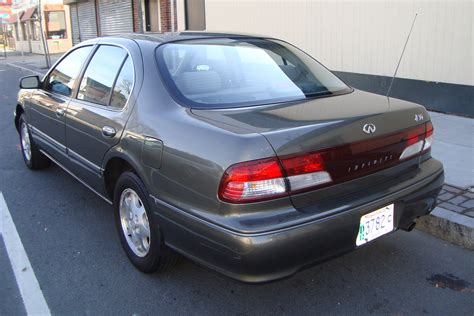 how do i learn about cars 1998 infiniti i regenerative braking 1998 infiniti i30 pictures information and specs auto database com