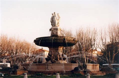 bureau de poste rotonde aix en provence fontaine de la rotonde aix en provence