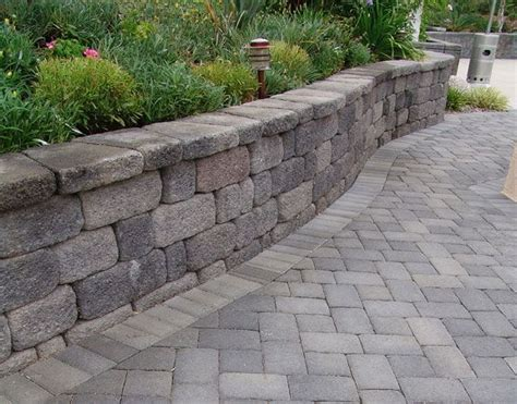 diy paver patio with retaining wall 32 best images about retaining walls on