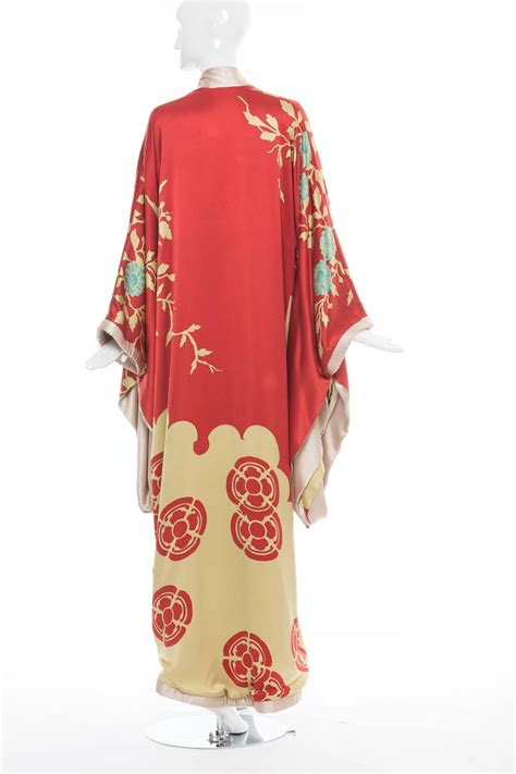 Kimono Blue Lbkim038 Metropolitan 1 tom ford for gucci s silk kimono summer 2003