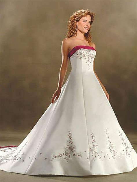 Brautkleid Rot by Ausgefallene Brautkleider F 252 R Eine Einzigartige Hochzeit