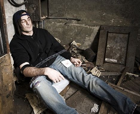 Can A Person Detox From Heroin At Home by Heroin Addiction Help Beating Heroin At Home For Those