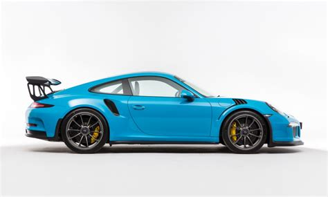 porsche blue gt3 porsche 991 gt3 rs looks killer in miami blue