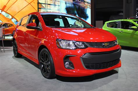 sonic new york facelifted chevrolet sonic unveiled in new york by car magazine