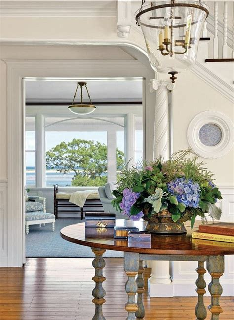 circular entryway walls are bm maritime white oc 5 trim is bm simply white