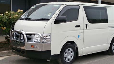 Toyota Hiace Commuter Accessories Toyota Hiace Lwb 9 2014 Onwards Aluminium Auto