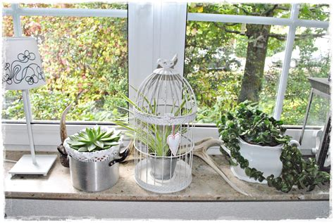 fensterbrett deko frühling deko fensterbank wohnzimmer dekoration inspiration