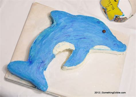 How To Make A 3d Dolphin Out Of Paper - 25 best ideas about dolphin cakes on dolphin