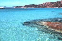 le spiagge pi 249 dell il mare pi 249 pulito in sardegna e toscana maglia nera alla