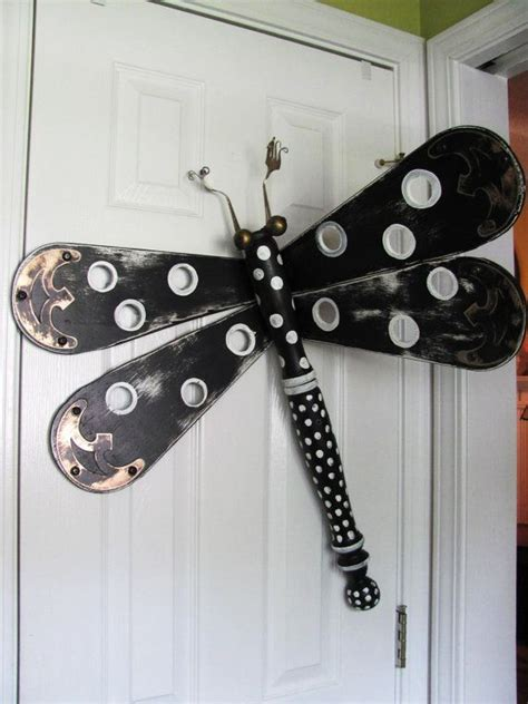 ceiling fan blade craft ideas 68 best images about dragonfly leg upcycle on