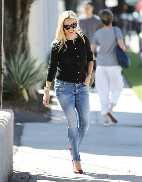 10 Reese Witherspoon Style Inspirations by Day 30 Style With Reese Witherspoon Fabulous