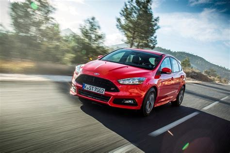 2015 Ford Lineup by New Ford Taurus Ford Gt To Lead Ford Lineup At Auto China