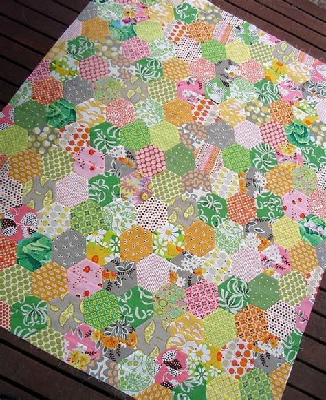 hexagon tutorial quilting 39 best images about half hexagon quilt ideas for msqc